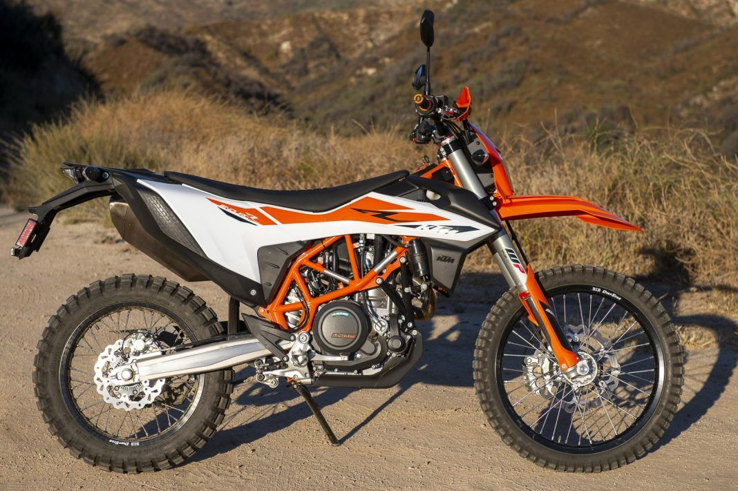 2019 KTM 690 Enduro R On/OffRoad Review (16 Fast Facts