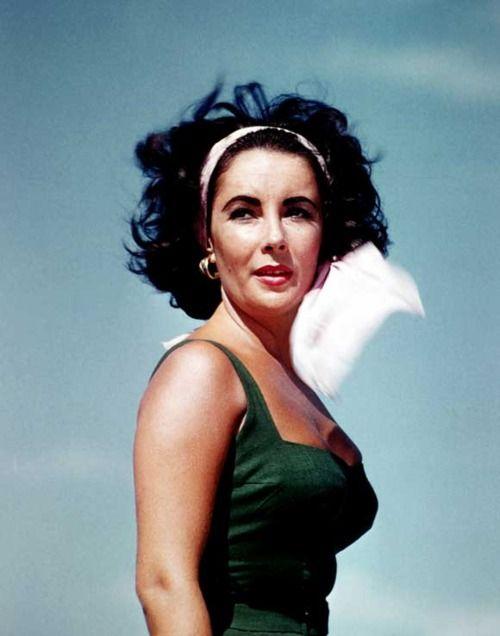 Elizabeth Taylor in Suddenly, Last Summer #layanalovesvintage #vintagestyleicons #vintagejewellery