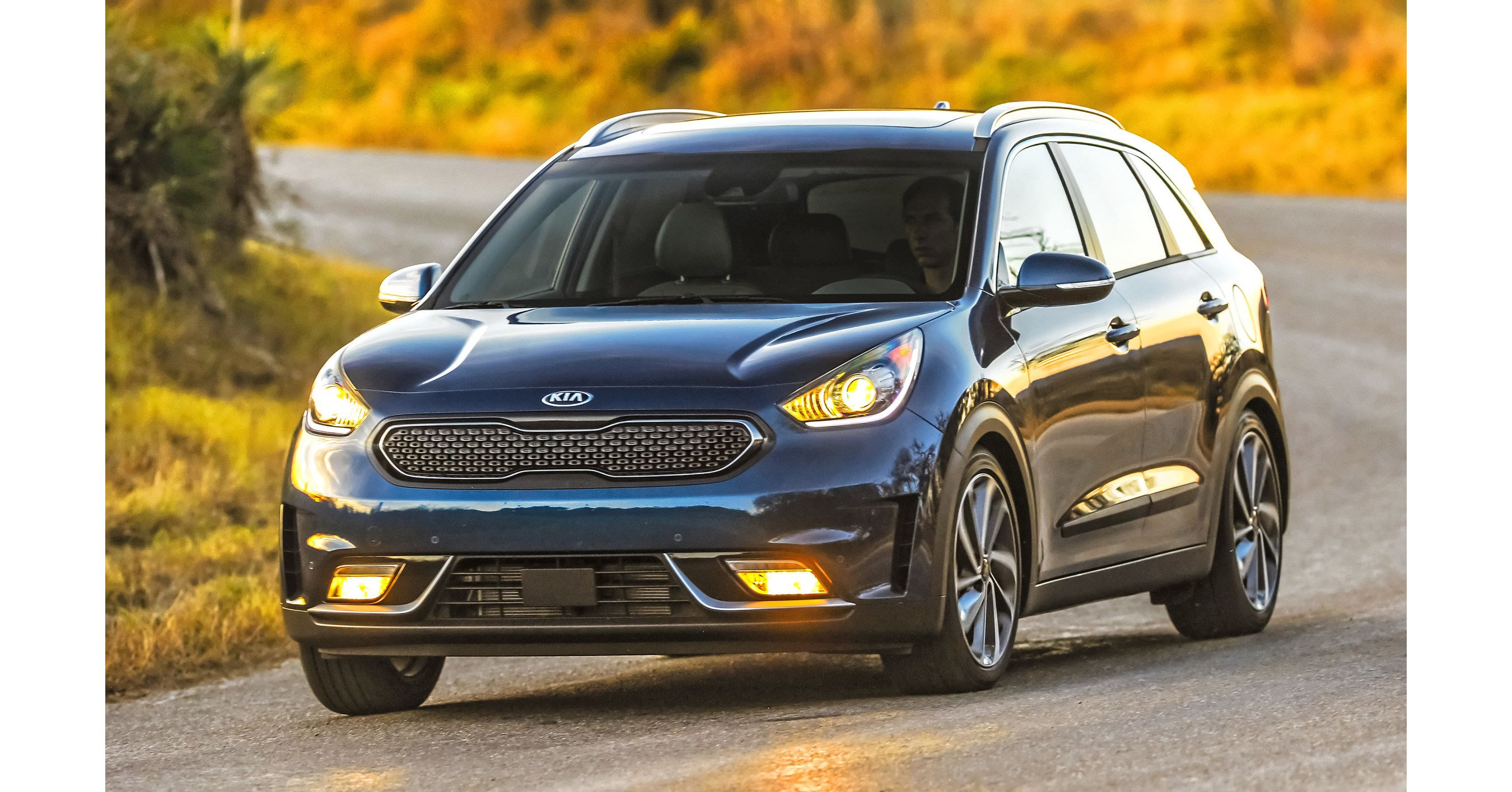 Color me curious the secrets behind the kia sportage colors - Learn The Secrets Behind The Kia Sportage Colors Http Kia Buzz Com Kia Sportage Colors Russ Darrow Pinterest The Secret Colors And The O Jays