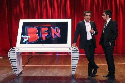 Berto Y Andreu Buenafuente En El Plató Pantallas Led Antenas Noche