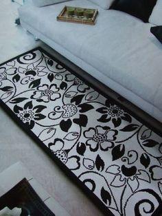 Conjunto de Tapete e Almofada - Esquemas de Ponto de Cruz