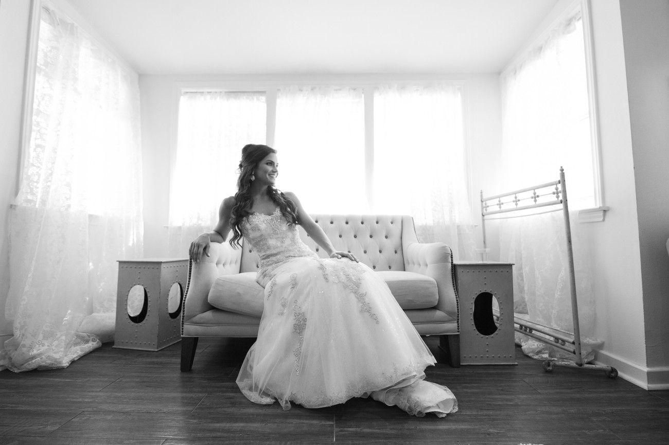 bridal portrait, black and white, bridal suite, pecan ...
