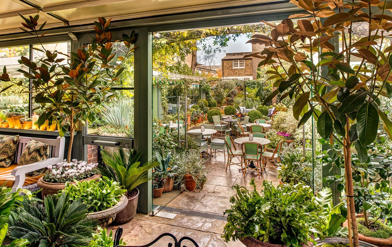 7 London Restaurants With Beautiful Gardens Chelsea Garden