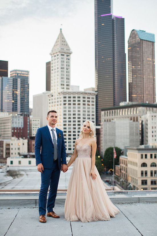 Navy and Champagne Wedding Inspiration