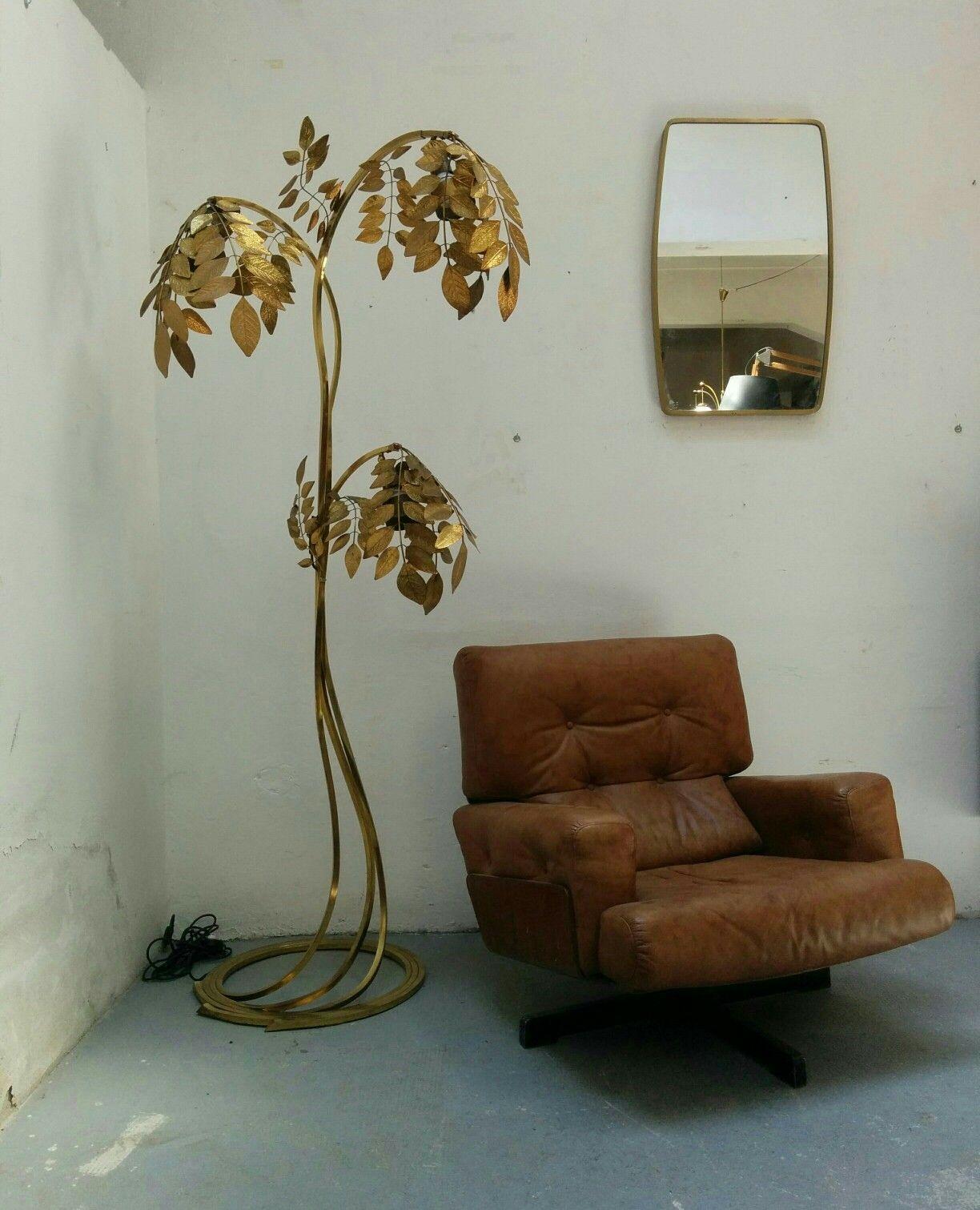 Lampada da terra Tommaso Barbi anni '70'80.Misure 95x