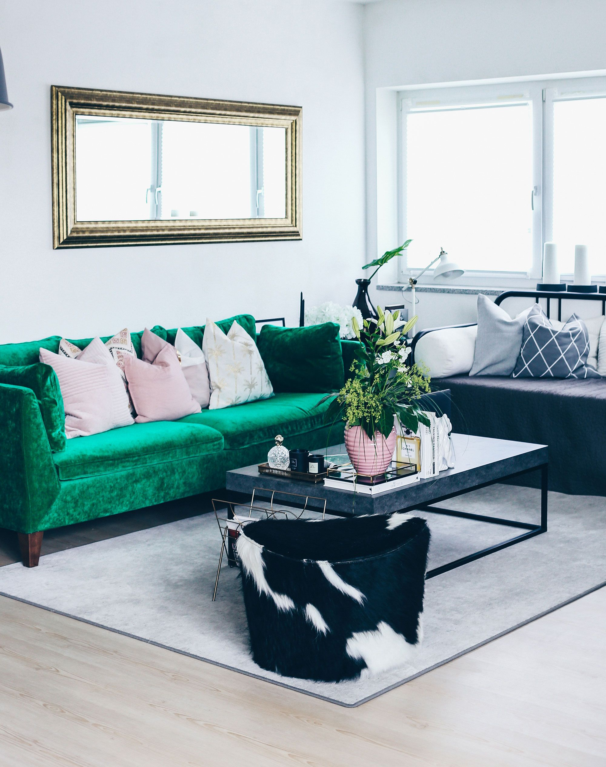 blogger who is mocca updated her ikea stockholm sofa with. Black Bedroom Furniture Sets. Home Design Ideas