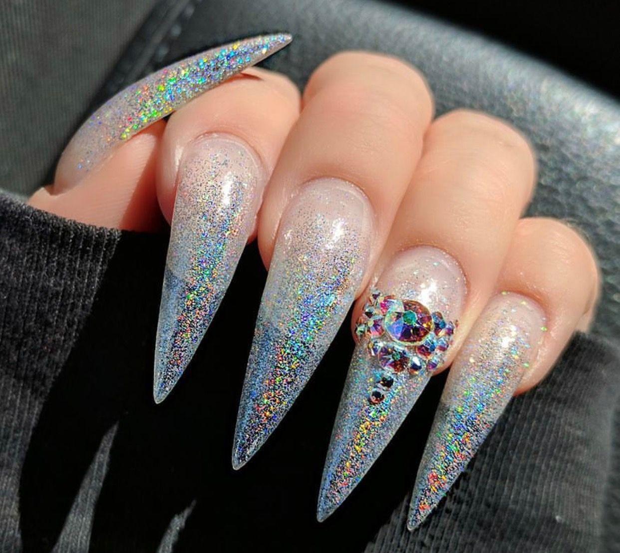 Pin de Kamilla Cardoso en Nails | Pinterest | Uñas holográficas