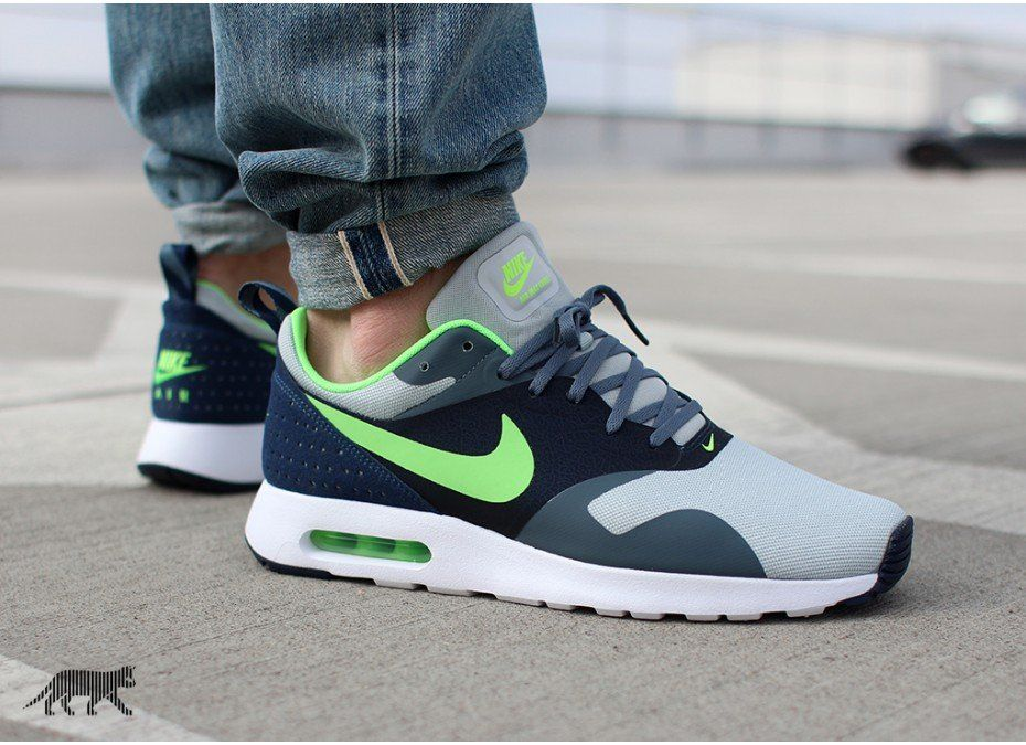 Nike Air Max Formateurs Tavas Sd Détestent