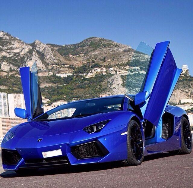 Blue Lamborghini, Lamborghini Aventador
