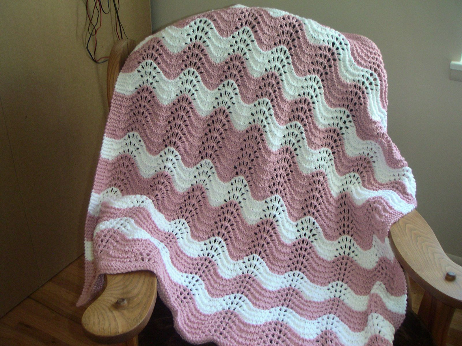 Ravelry Feather And Fan Rainbow Baby Blanket By Cathy Waldie Yarn