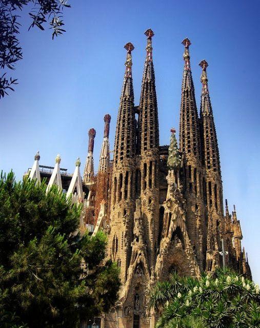 alamodeus: Passport to Barcelona ...