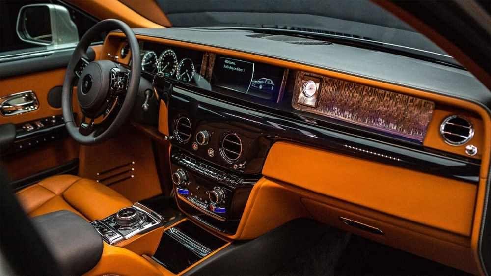 Rolls Royce Phantom 2020 8 Generation Of The Best Car In The World Rolls Royce Phantom Rolls Royce New Rolls Royce