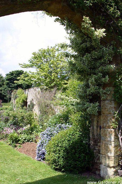 Сад Миледи - замок Броутон ( Великобритания ). Обсуждение на LiveInternet - Российский Сервис Онлайн-Дневников