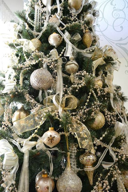 Jennelise: Oh Christmas Tree!