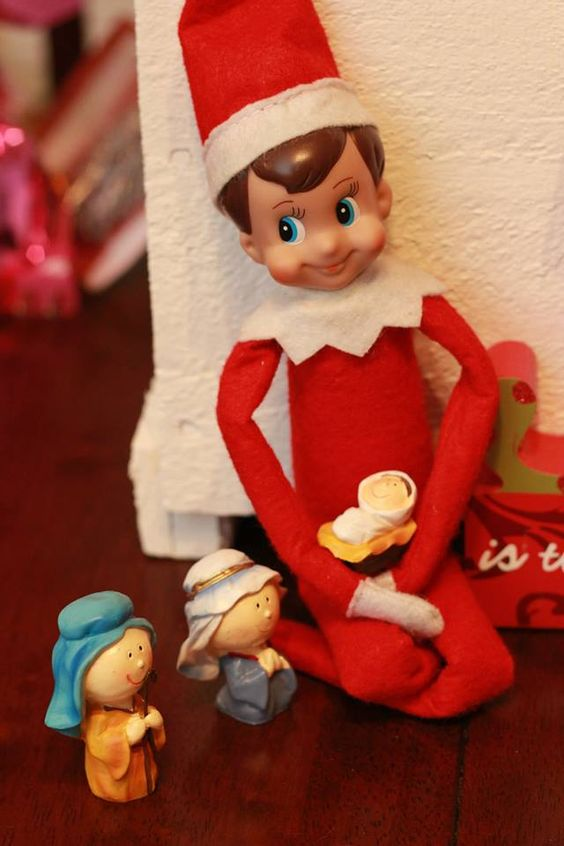 200 Last Minute Elf On The Shelf Ideas That Are Incredibly Funny Creative Hike N Dip Elf On The Shelf Fun Christmas Decorations Elf