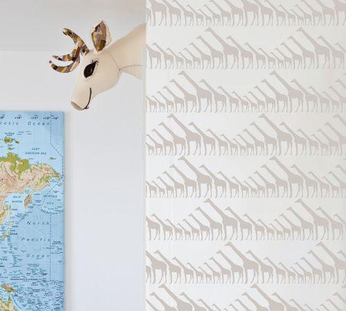 Giraffe #wallpaper #coveredwallpaper #nautrewallpaper #paperyourwalls  #design #homedecor #home #