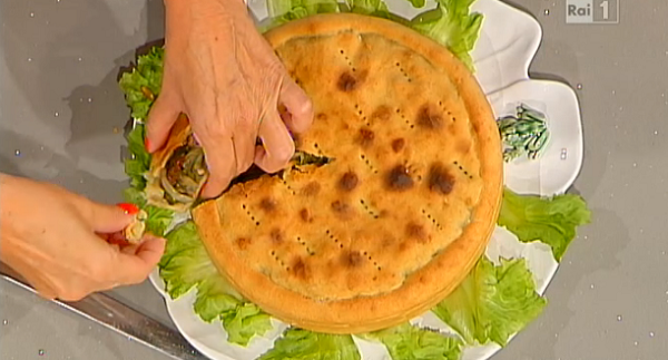 Tiella di scarola, la gustosa ricetta di Anna Moroni