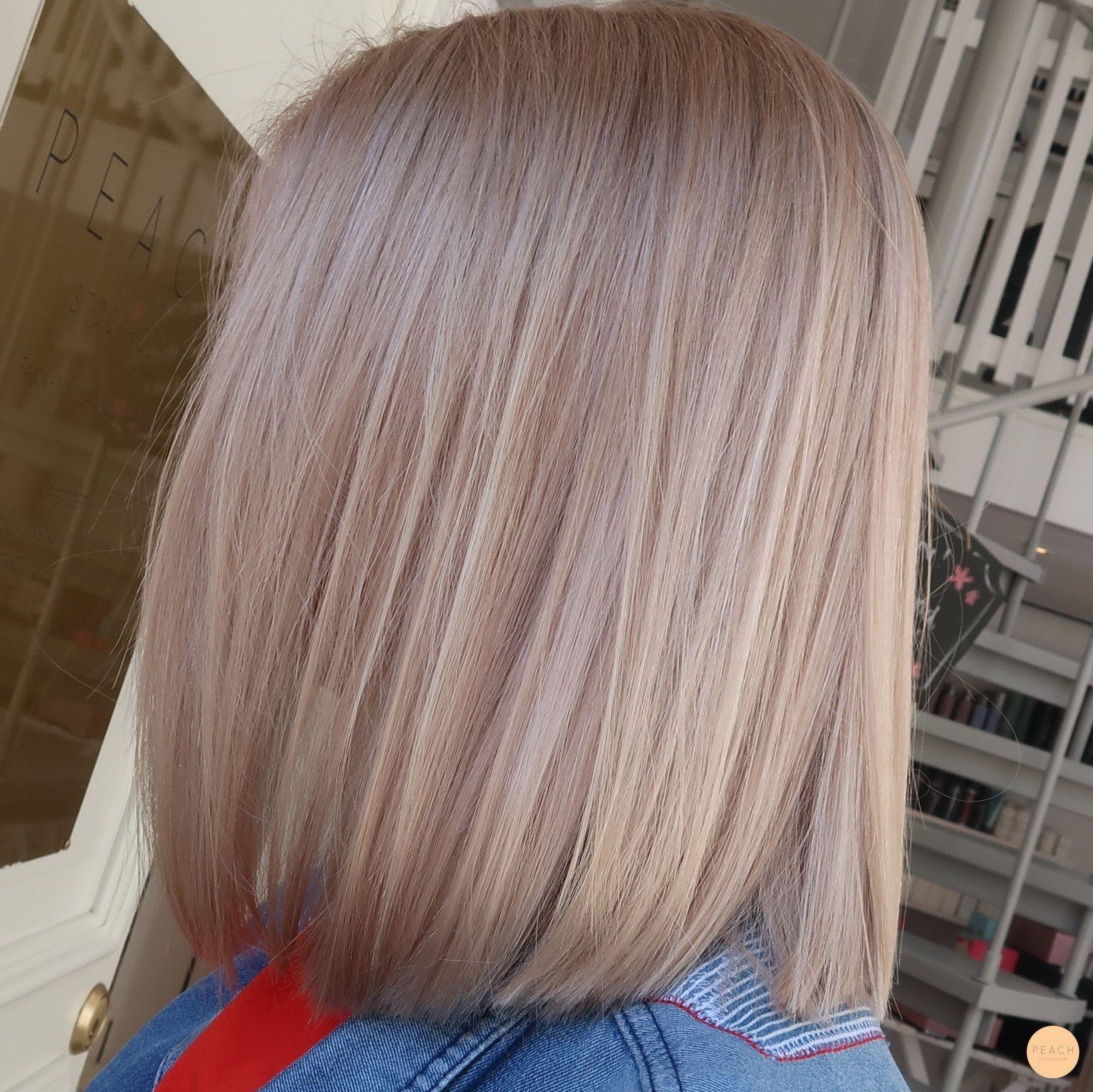 Ljusblond hårfärg