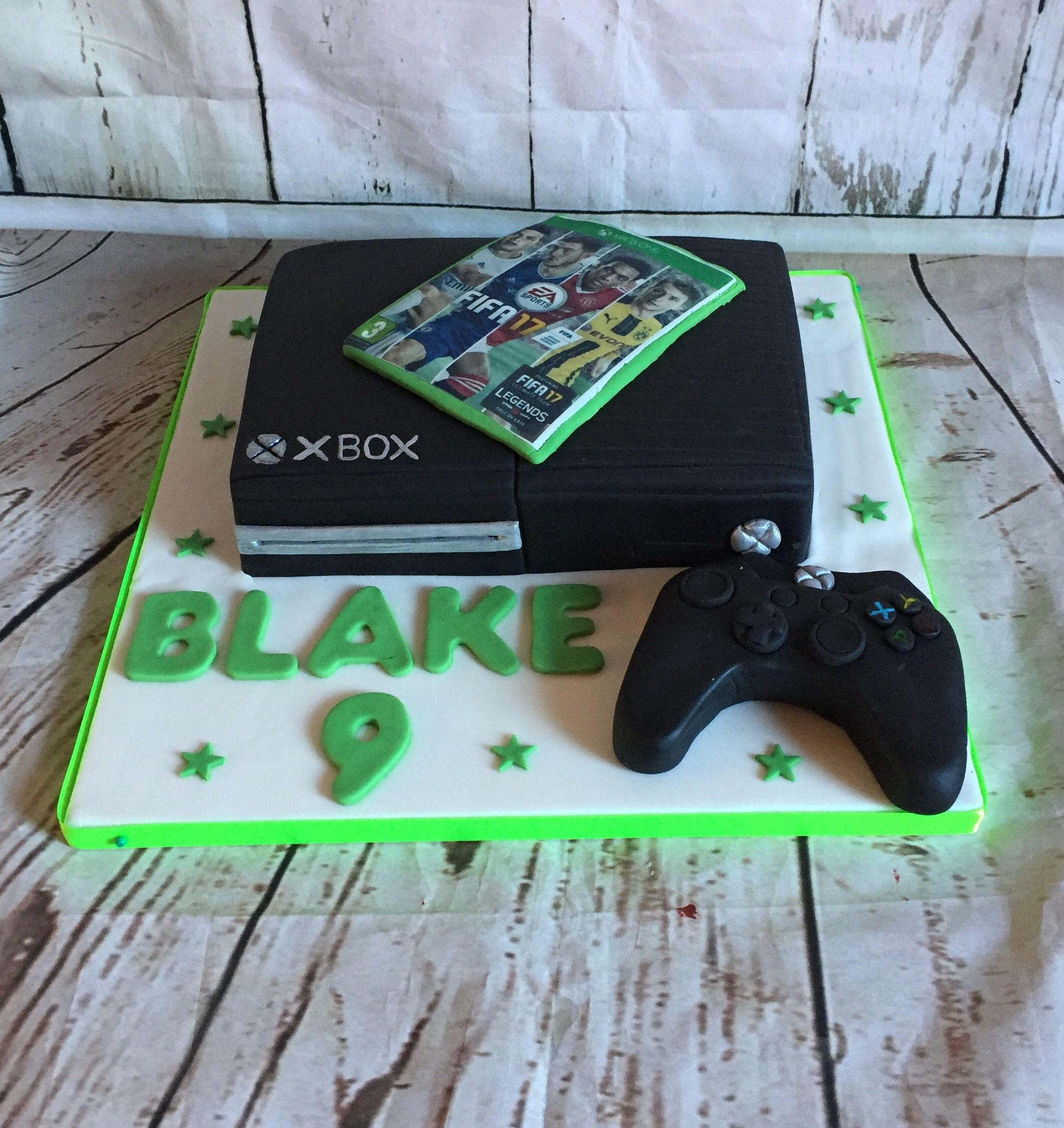 X Box One Cake With Fifa 17 Xbox Cake