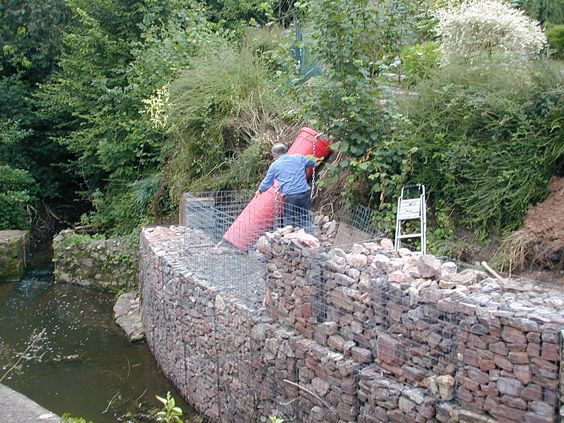curved retaining wall using gabion baskets Landscaping Retaining