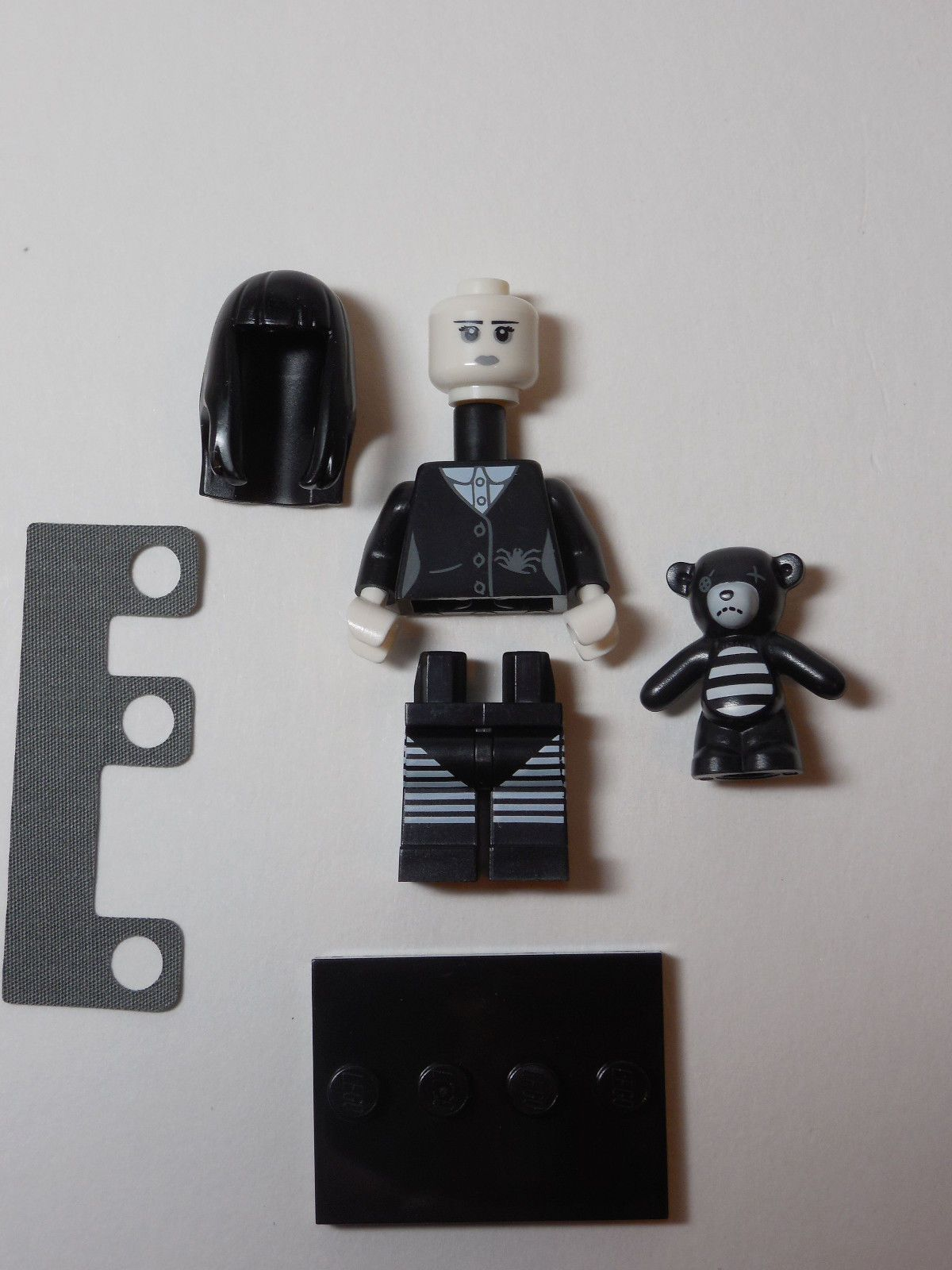 REAL Genuine Lego 71001 Series 10 Minifigure no 10 Sea Captain