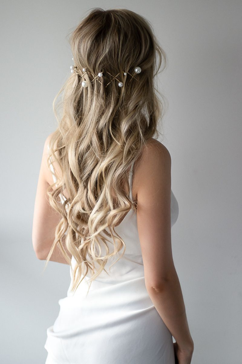 Simple Prom Hairstyles 2019   Perfect for Long Hair - Alex Gaboury in 2020   Simple prom hair ...