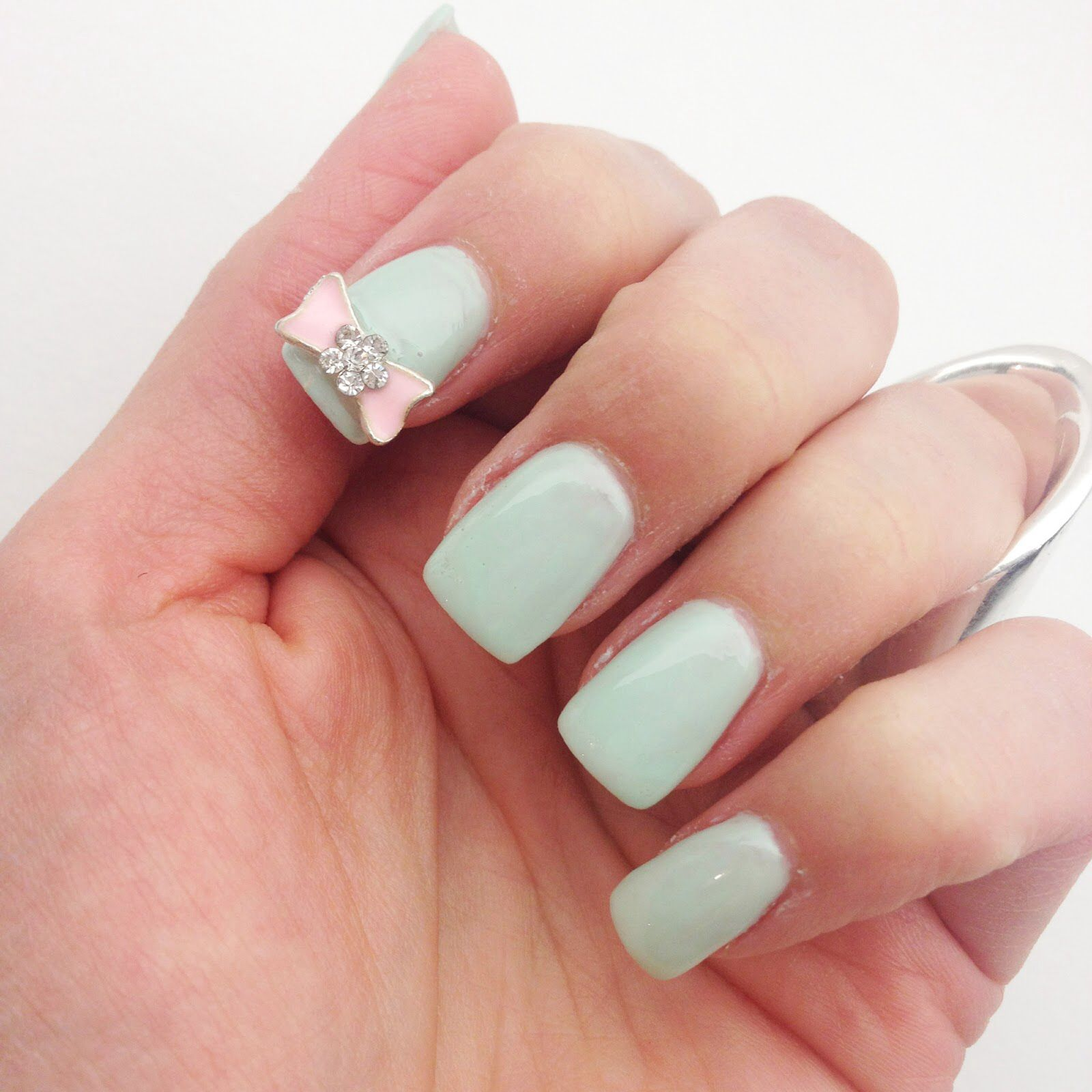 Mint green! So perf | Chic nails | Pinterest | Mint green
