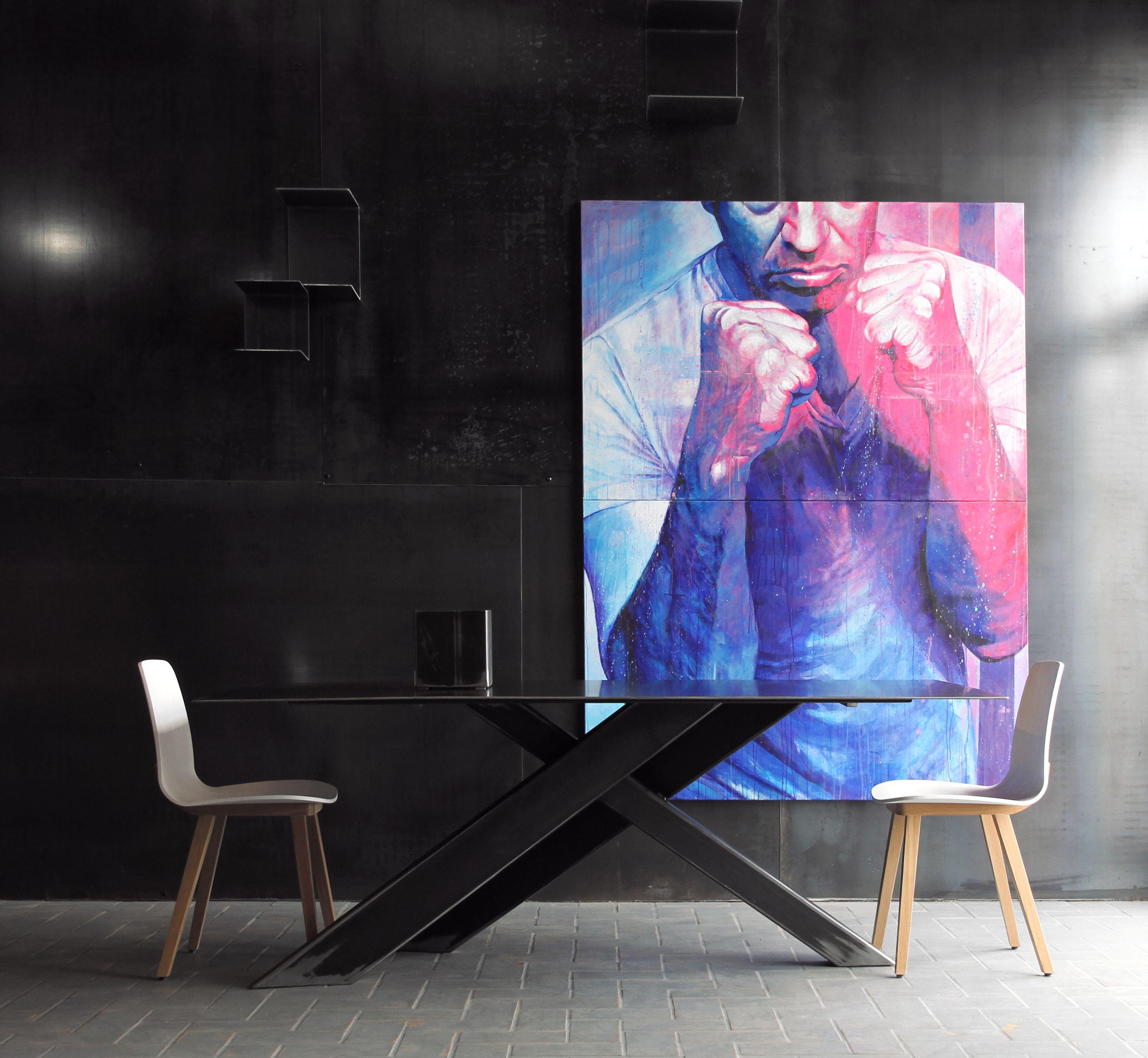 blunt collection flower show room in biarritz france blunt manufacture. Black Bedroom Furniture Sets. Home Design Ideas