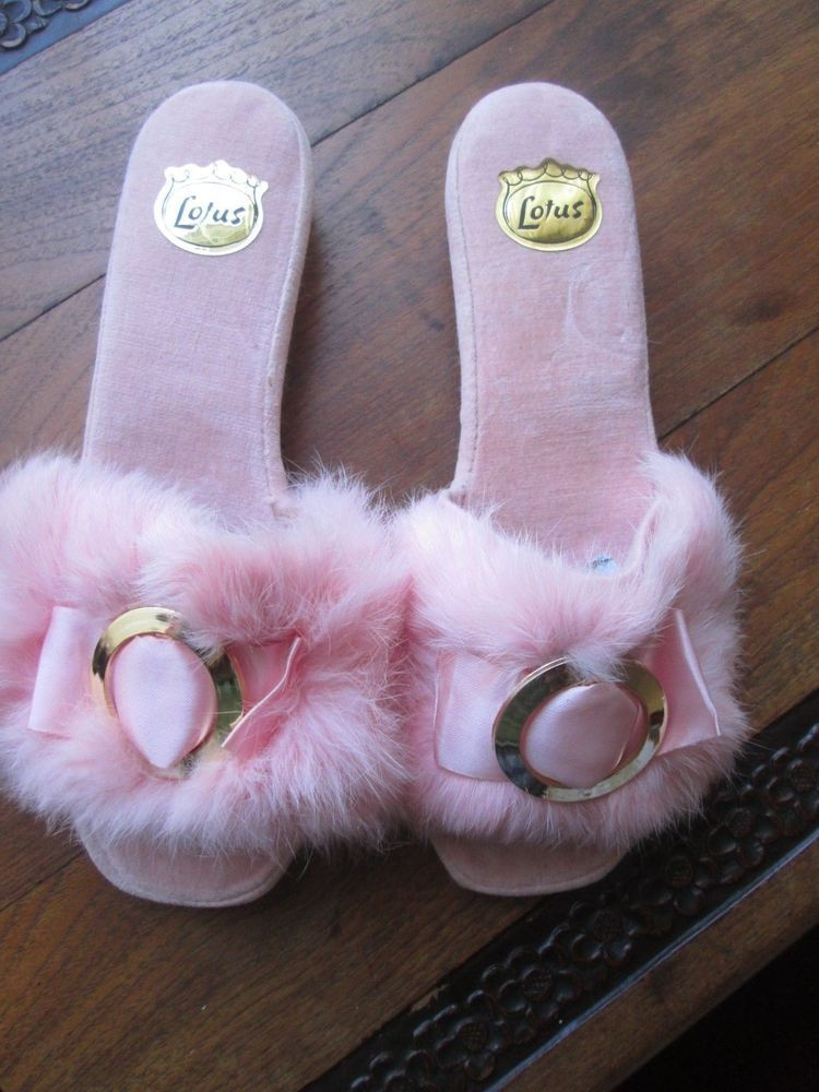 15a4004b740a9 VINTAGE SEXY FUR MULE SLIPPERS SIZE 6 LOTUS USED 1960'S 70'S ...