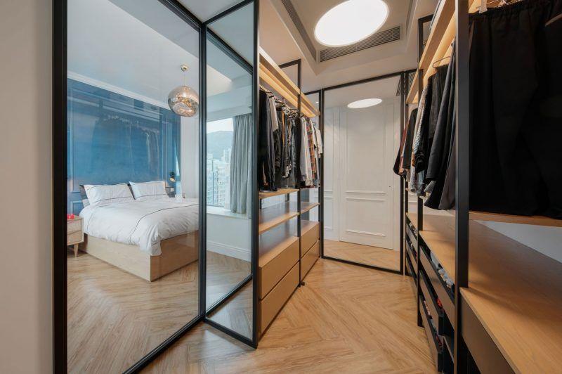 Glazen Wand Slaapkamer : Mooie slaapkamer ontwerp met glazen wand en afrit naar patio