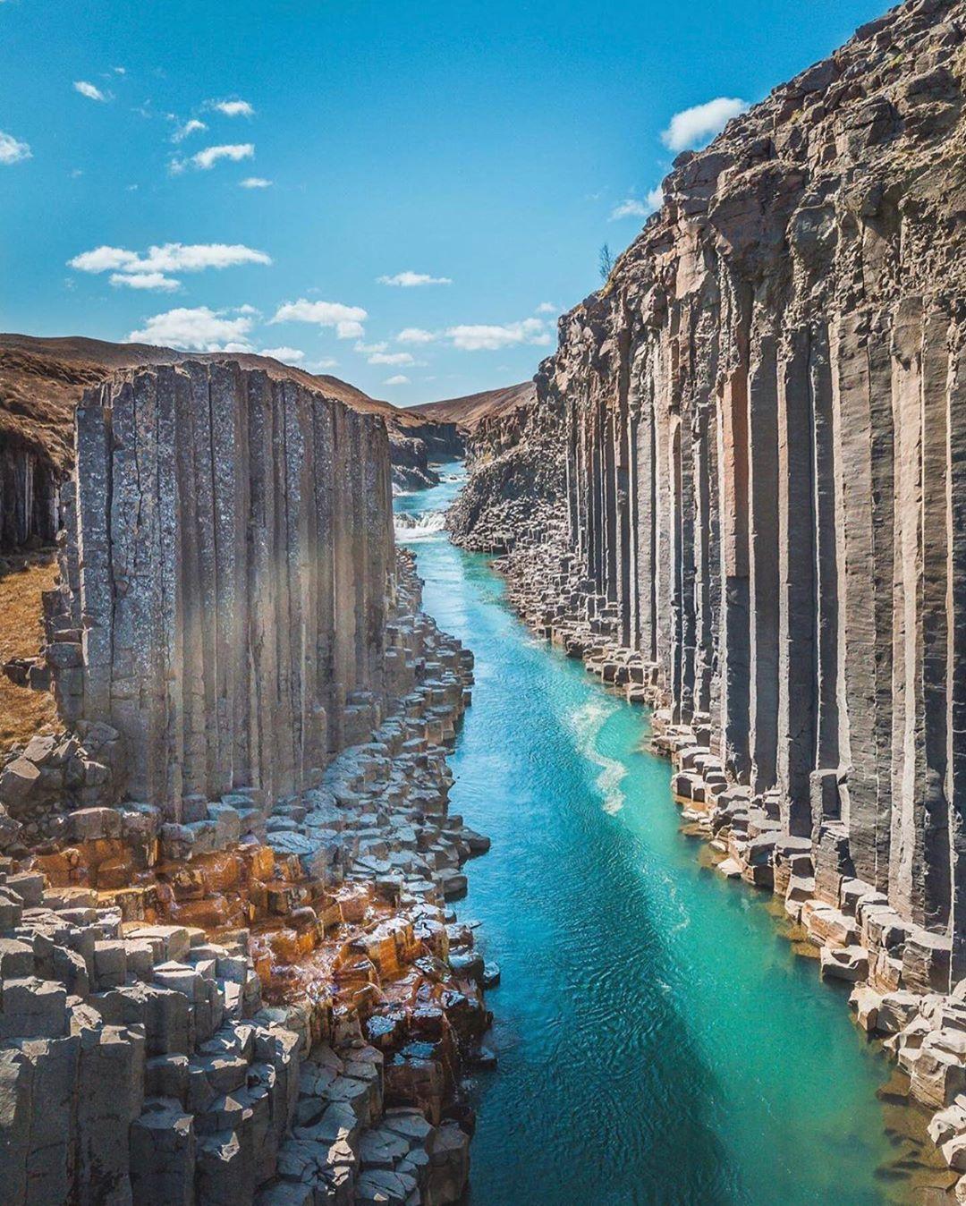 Giant Basalt Canyon Courtesy Of Marcourrutia1 Admins