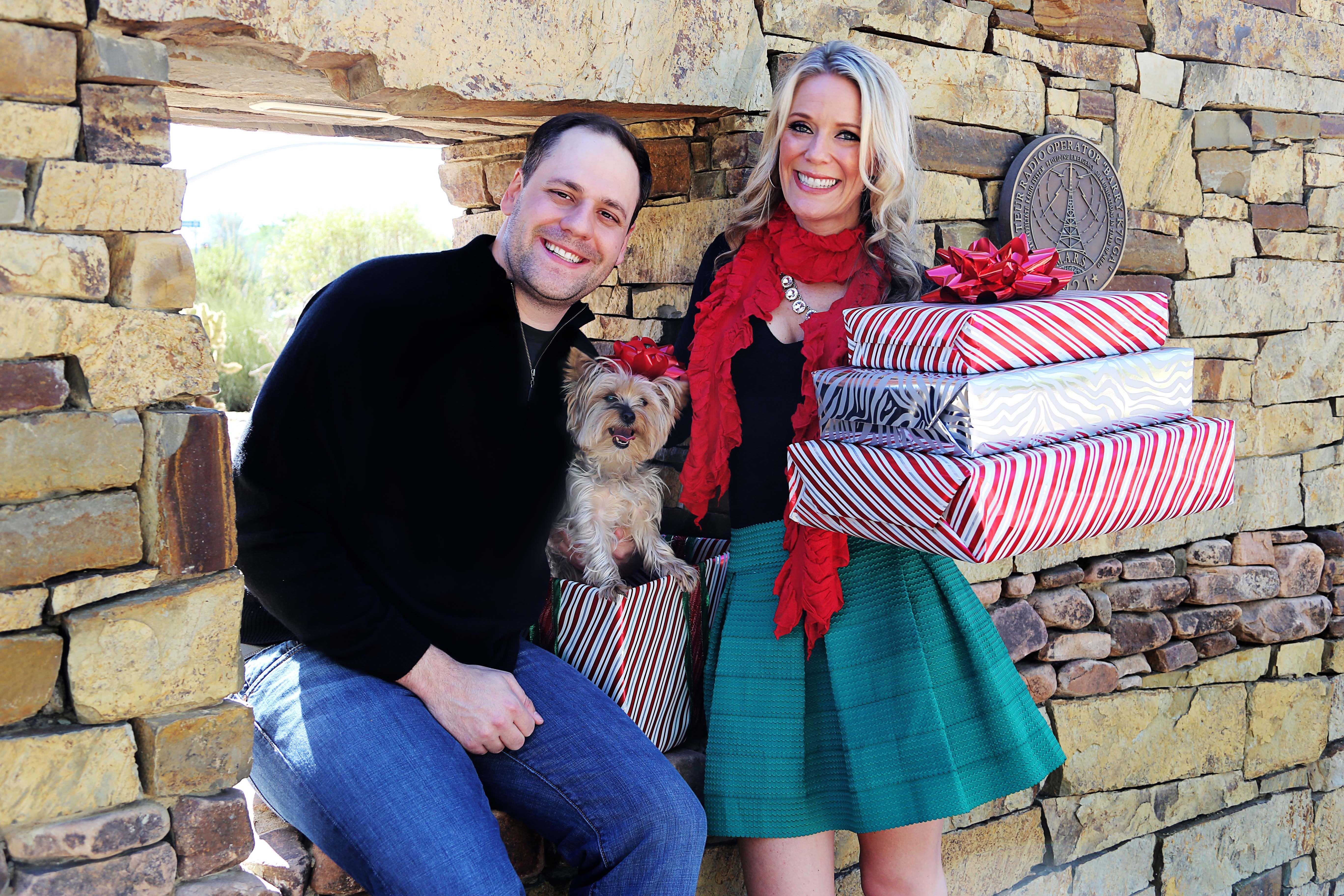 Merry Christmas! <3  #ChristmasCardPhotos #ChristmasCard #Christmas #Family #FamilyPhoto #Yorkie #Dog #FunPhotos #Festive  Styled by @Malgorzata Kolosowska Events by Alison Johnson