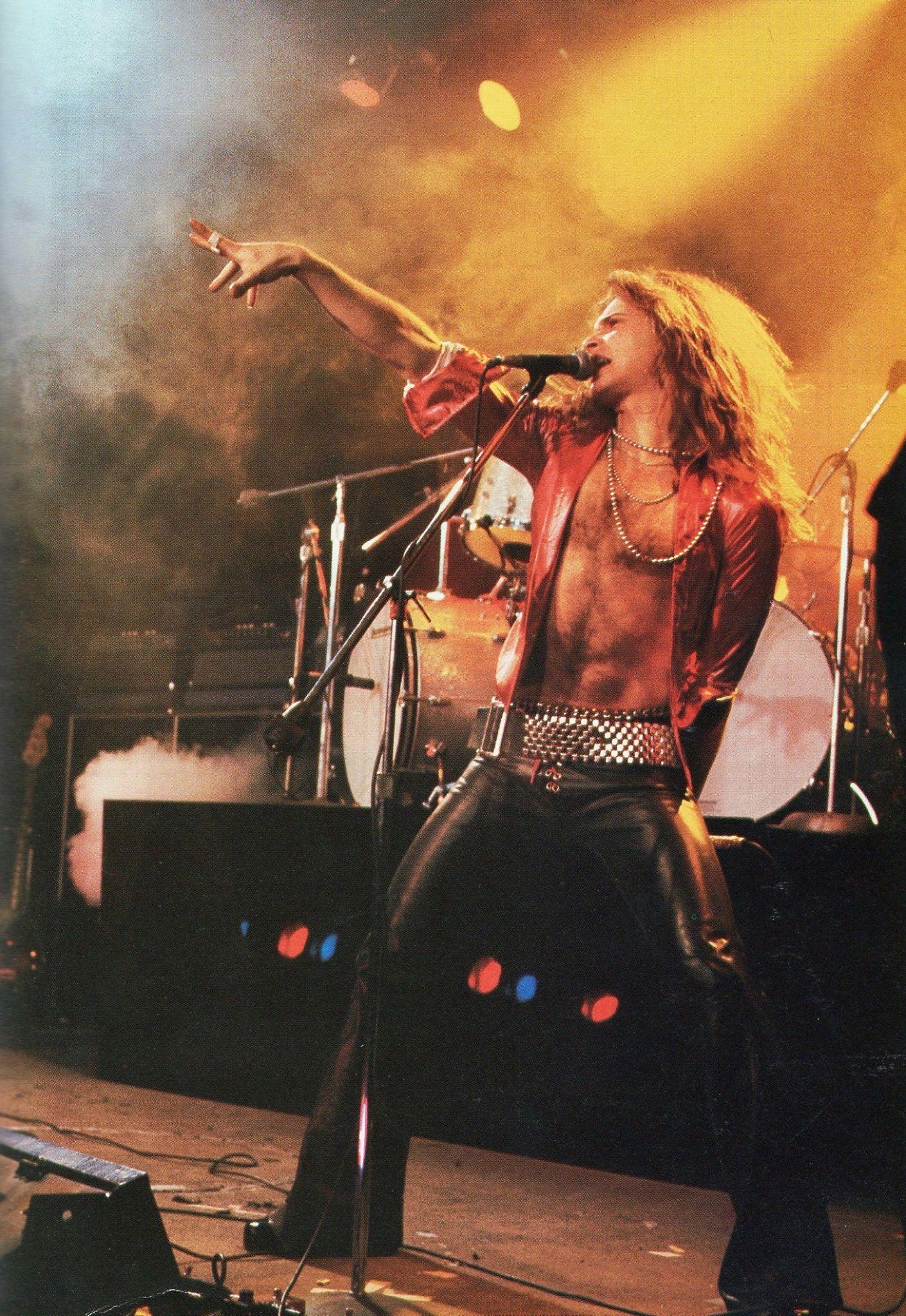 Pin By Rose Glidden On Van Halen Live Van Halen David Lee Roth Alex Van Halen