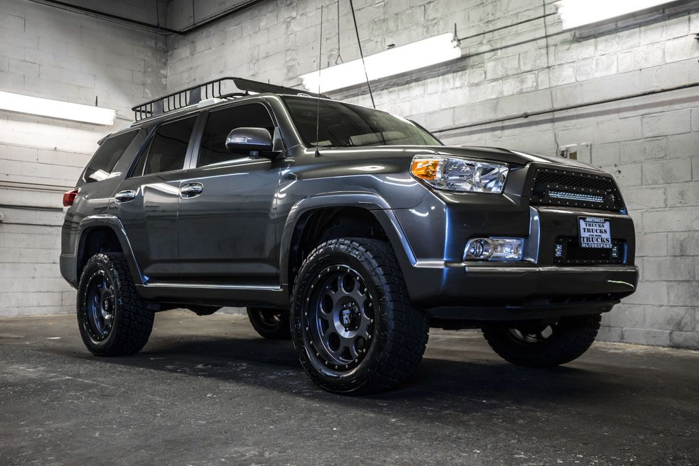 2011 Toyota 4runner For Sale >> This 2011 Toyota 4runner Sr5 4x4 Comes Complete With A Brand
