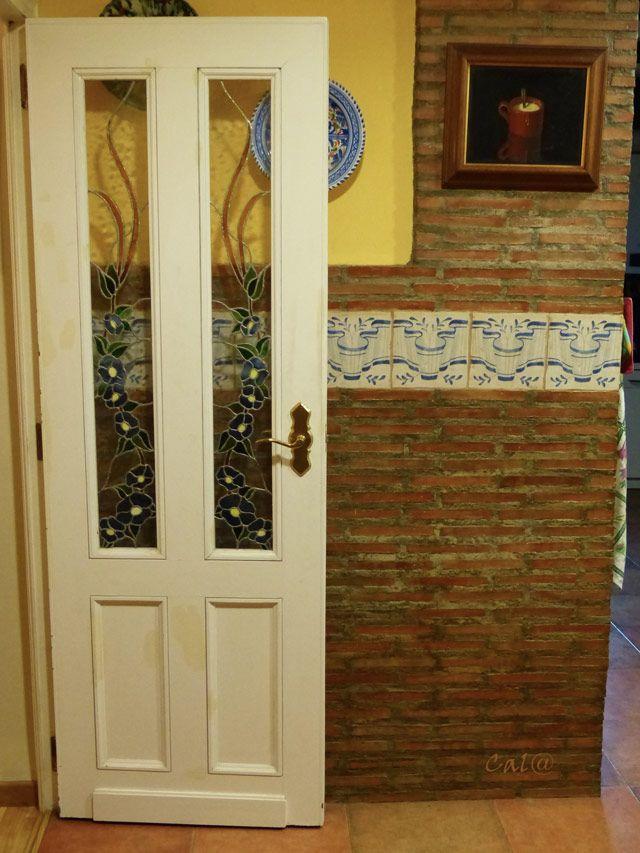 Puertas de interior consejos a tener en cuenta puertas - Puerta abatible cocina ...