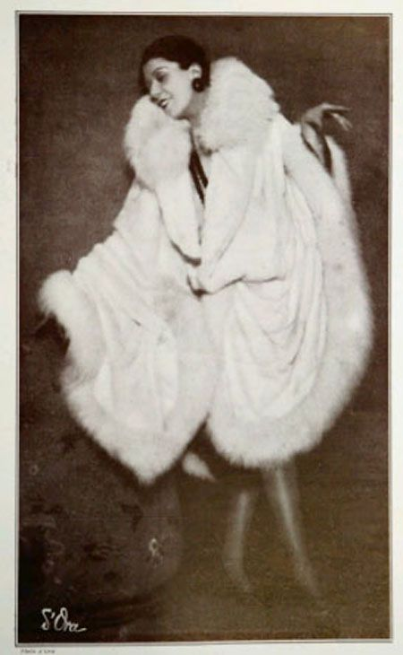 1927 | White fur by Max   Source: Les Modes magazine