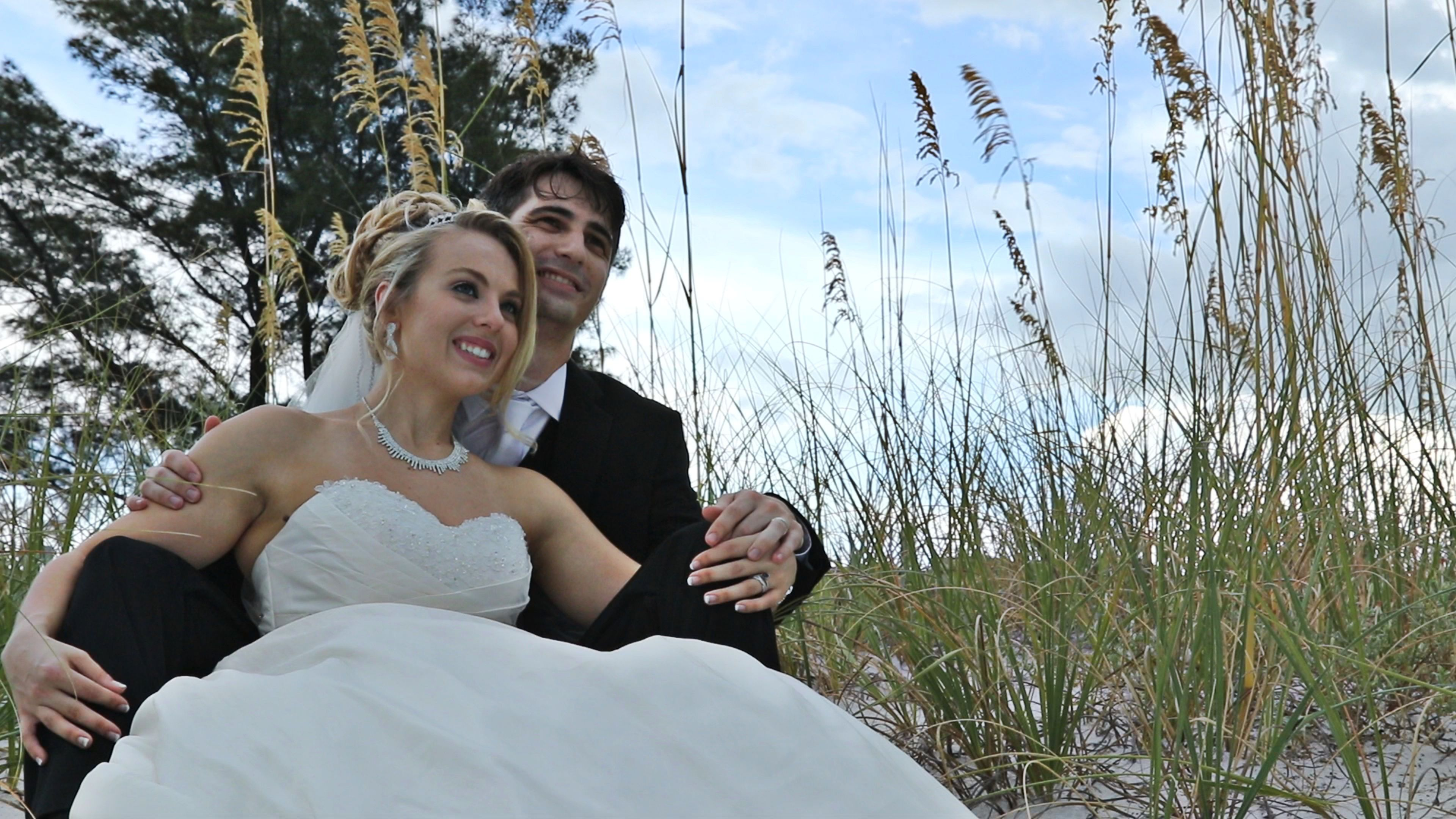 Love the Sea Oats around the Grand Plaza http://celebrationsoftampabay.com/photographers-st-pete-beach/