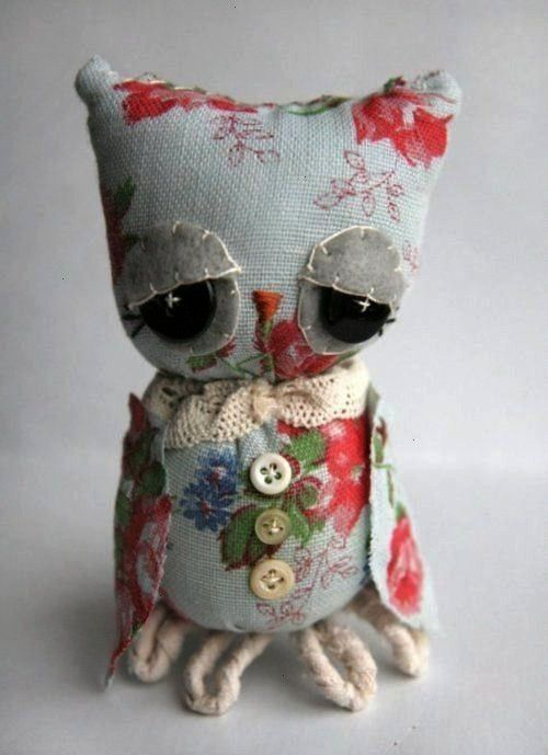 owl with thoughtful obvious stitching that lend character to theVintage looking owl with thoughtful obvious stitching that lend character to the Barred Owl wing flare Dav...