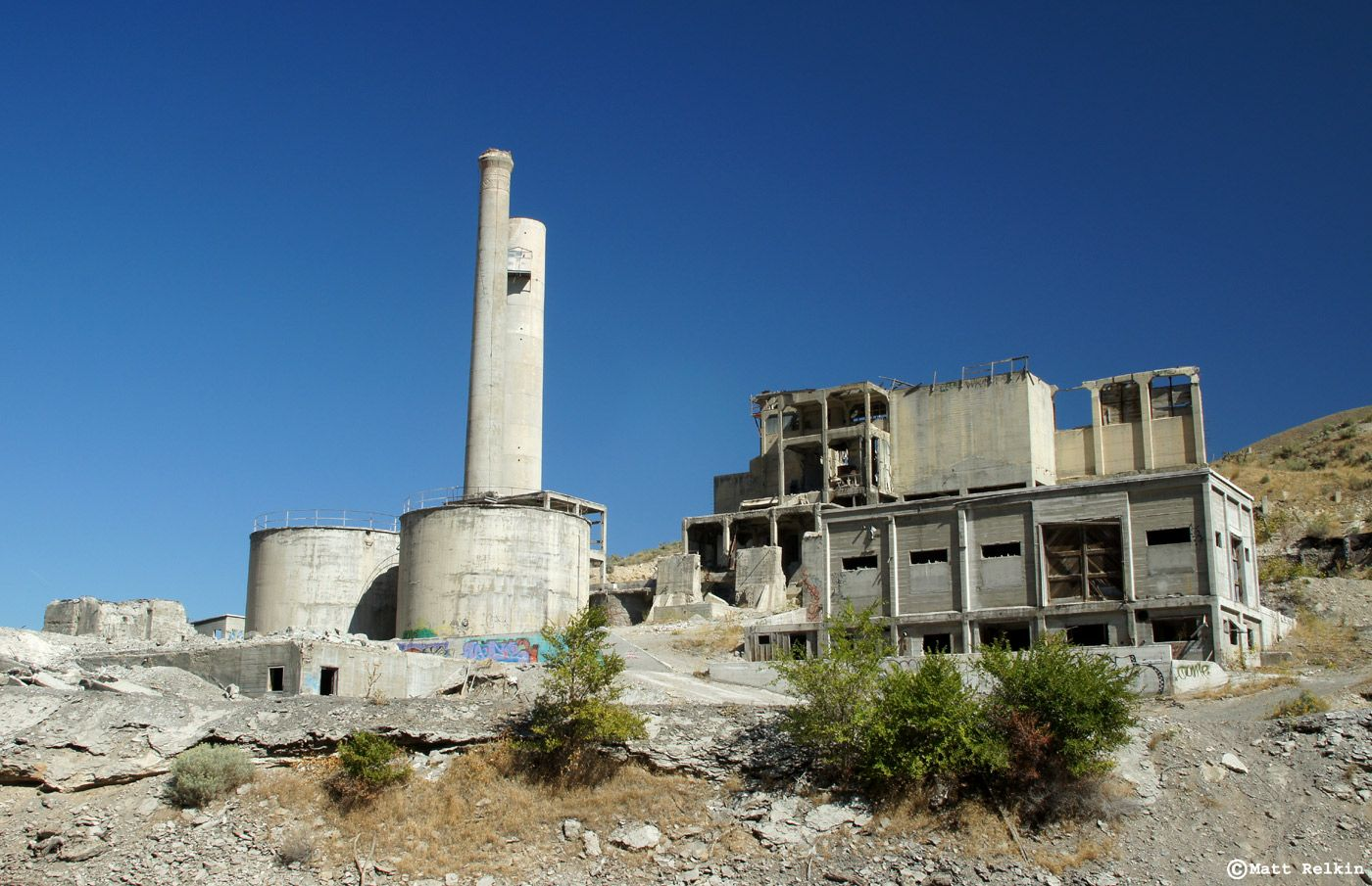 Abandoned Oregon Portland Cement Factory 1, Lime, Oregon | Abandoned, Abandoned  buildings, Portland cement