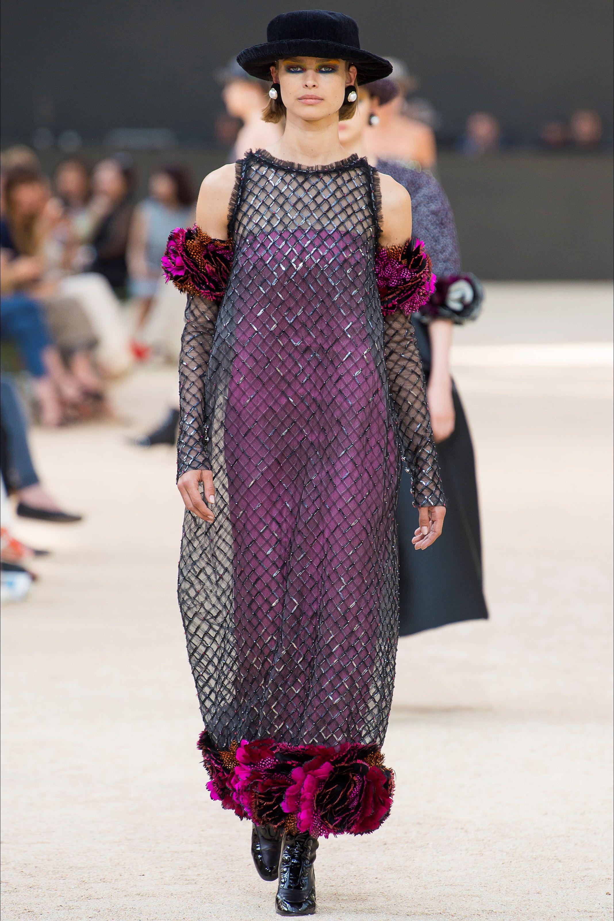 guarda la sfilata di moda chanel a parigi e scopri la collezione di rh pinterest com