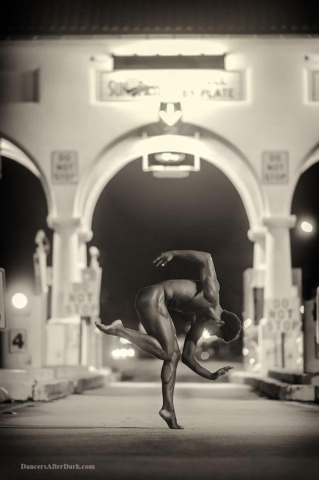 """Risultati immagini per fotografo Jordan Matter  """"Dancers after Dark"""", in uscita domani per """"Workman Publishing Co.""""."""