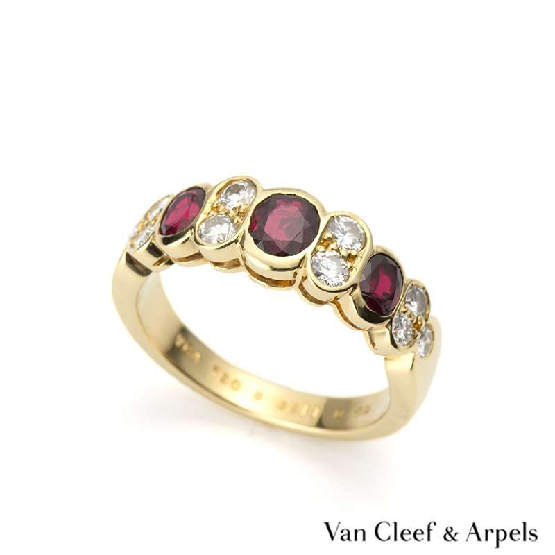97999b1d88610 Rich Diamonds - Buy   sell Pre-owned Jewellery. Van Cleef ArpelsJewelry ...