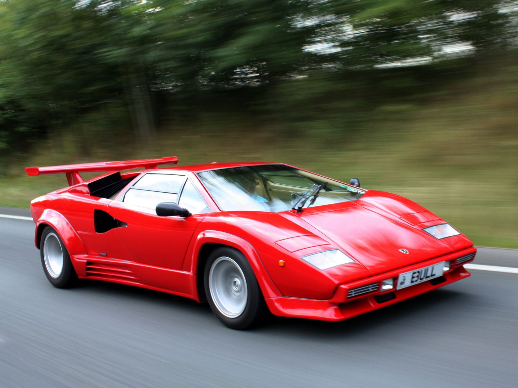 Red Lamborghini Countach wallpaper x