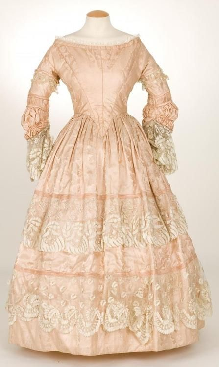 Dress ca. late 1830's