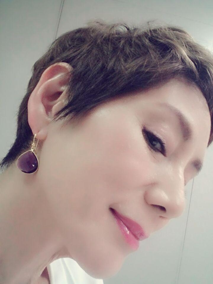 ブログ 秋野 暢子