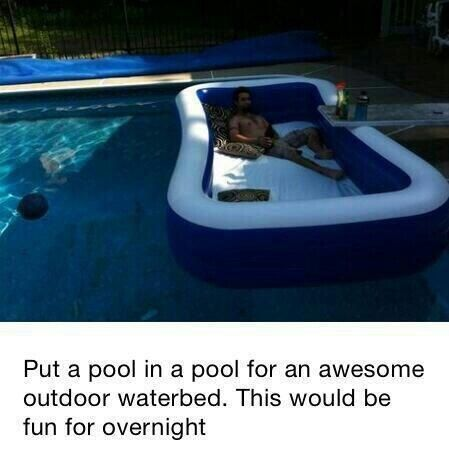 Blow Up Pool Floating In A Pool For A Water Bed Leuke Ideeen