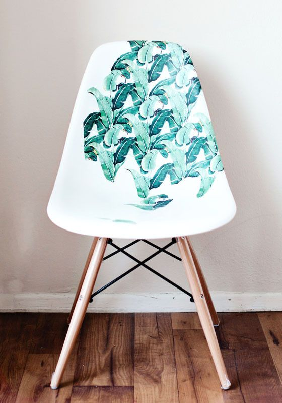 Diy Une Chaise Relookee En Mode Jungle Chaise Plastique Chaise Deco Customiser Chaise