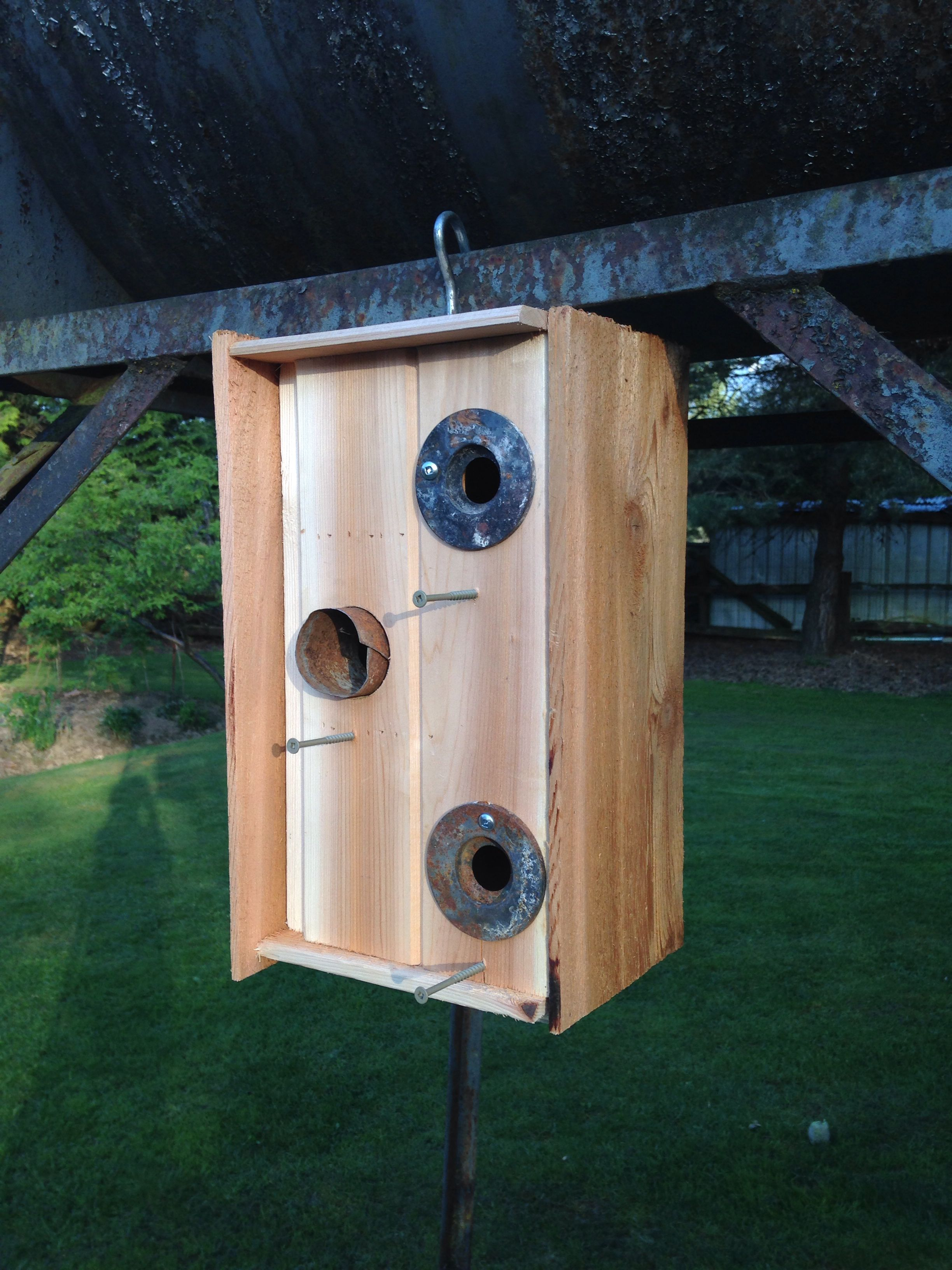Tri-Birdhouse. For those who like to live together.