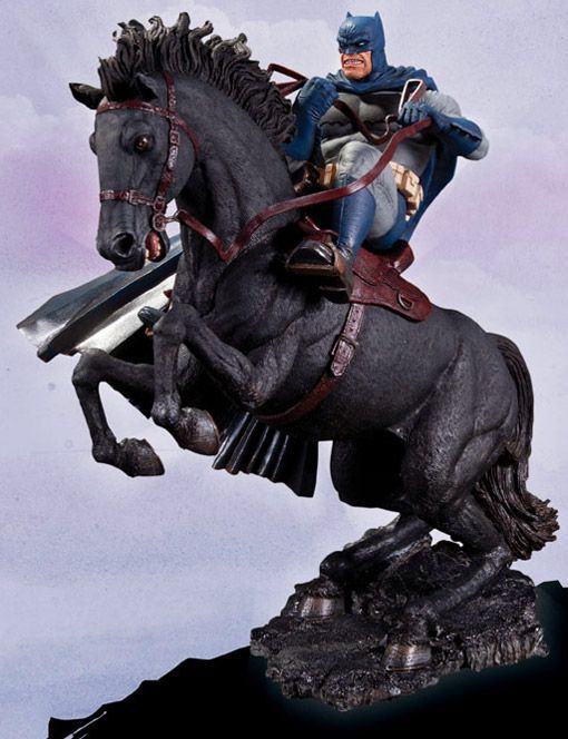 Estátua Batman: O Cavaleiro das Trevas de Frank Miller: A Call to Arms Estátua Batman: O Cavaleir