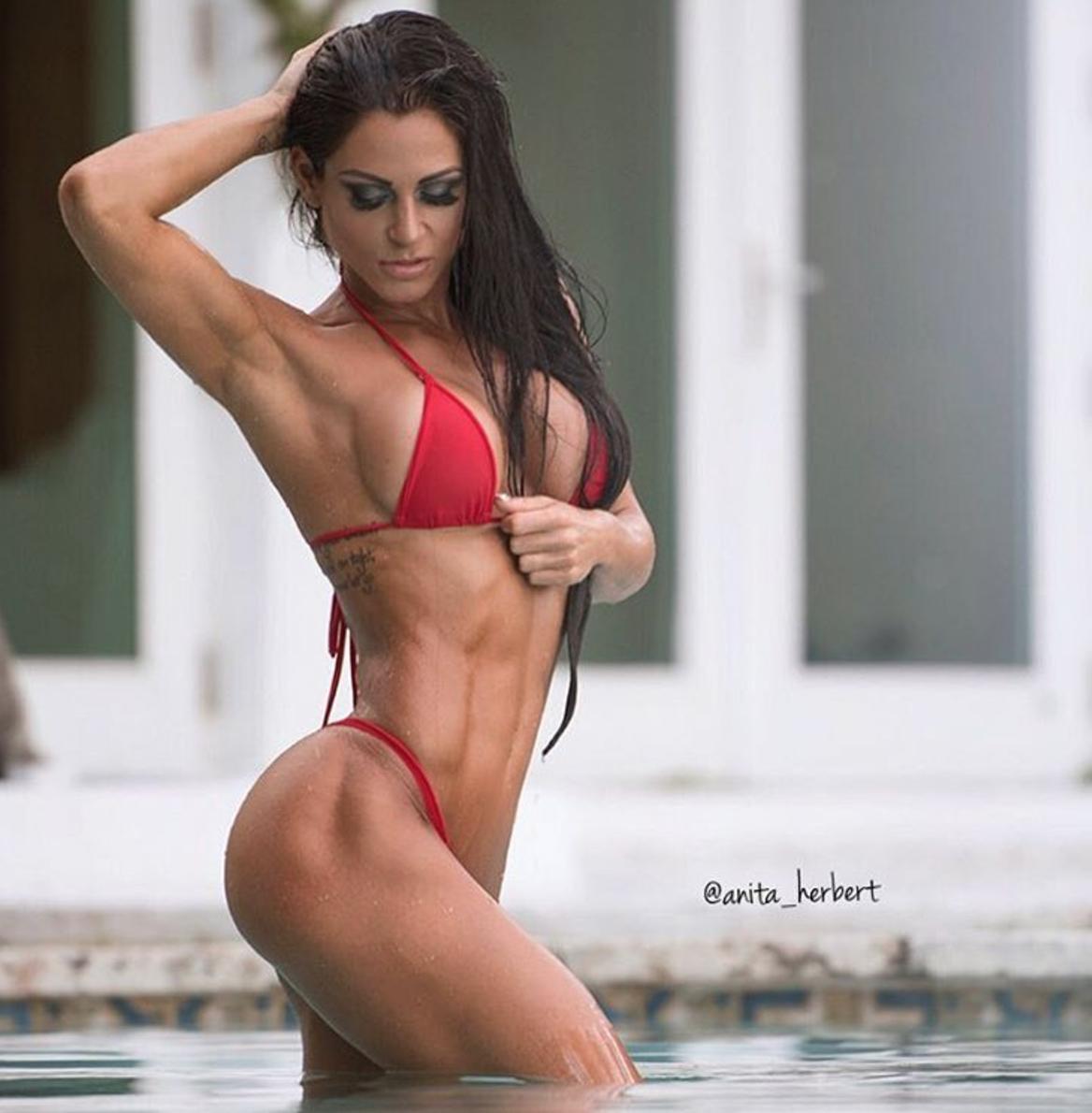 Bikini fitness model thong